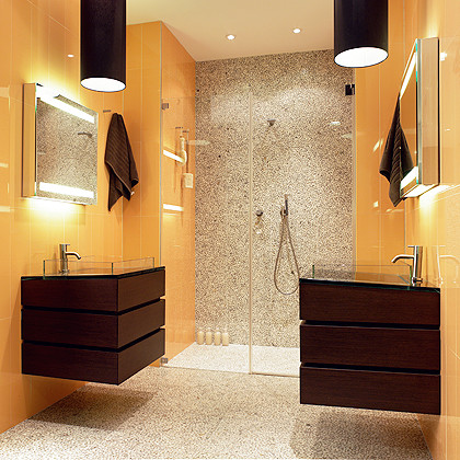 A high-modern luxury bathroom with S&E Glass Design Type 2, frameless niche shower enclosure installed.